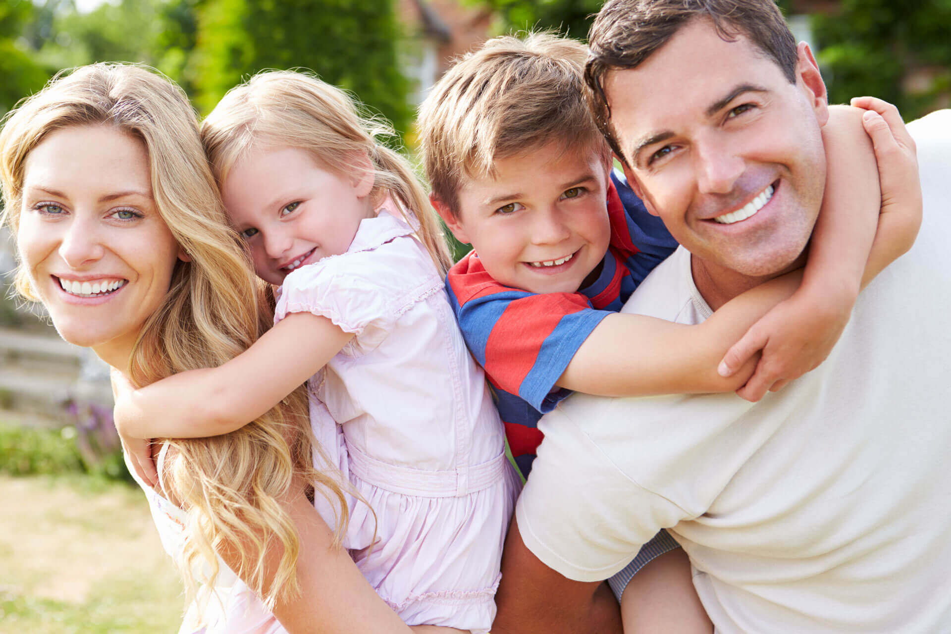 Семья малышам в картинках